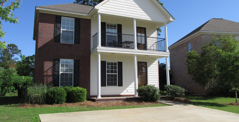 728 Southpointe Commons available NOW